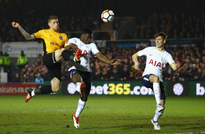 Newport County - Tottenham: Người hùng tỏa sáng, định đoạt phút 82 1