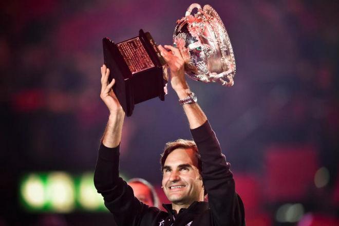 Tennis 24/7: Mỹ nhân mê mẩn Federer, ví với siêu anh hùng Ma trận 1