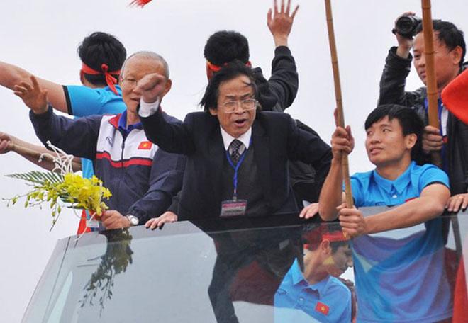 """Tổng Thư ký VFF """"mâu thuẫn"""" với Phó Chủ tịch VFF vụ ông Nguyễn Lân Trung"""