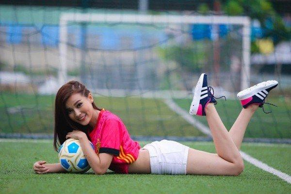 """Đây có phải là các """"nữ cầu thủ"""" xinh đẹp nhất nhì Việt Nam? - 11"""