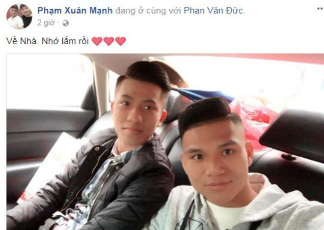 U23 Việt Nam về quê: Văn Đức, Công Phượng choáng ngợp vì CĐV 13