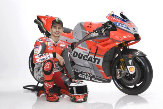 """Đua xe MotoGP: Đã mắt với """"Quái vật""""  trình làng sớm nhất của Ducati 4"""