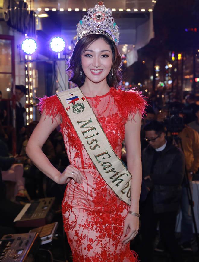 Hoa hậu Diễm Hương mặc mỏng không ngờ, dễ gây nhìn nhầm - 3