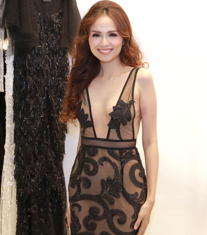 Hoa hậu Diễm Hương mặc mỏng không ngờ, dễ gây nhìn nhầm - 1