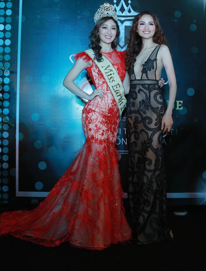 Hoa hậu Diễm Hương mặc mỏng không ngờ, dễ gây nhìn nhầm - 4
