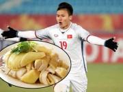 Ẩm thực - Thịt gà luộc - Món ăn người hùng Quang Hải mê tít, đánh bay được cả con