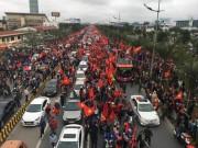 Tin tức trong ngày - CSGT kể về buổi dẫn đoàn U23 Việt Nam giữa vòng vây người hâm mộ