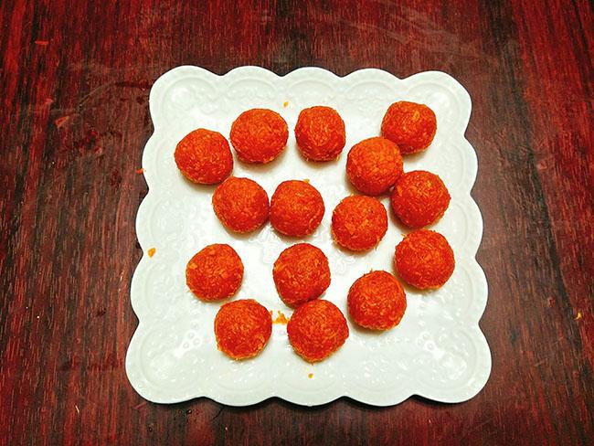 Mứt cà rốt bọc dừa xinh yêu ngọt ngào mọi người đều thích - 6