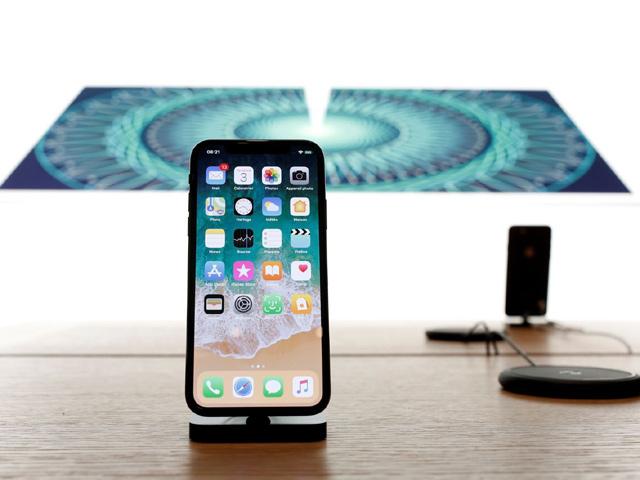 """Apple """"bỏ túi"""" gần 90 tỷ USD, iPhone X bán đắt như tôm tươi - 2"""