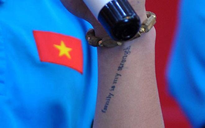 Ý nghĩa hình xăm trên cổ tay Quang Hải U23 Việt Nam - 3
