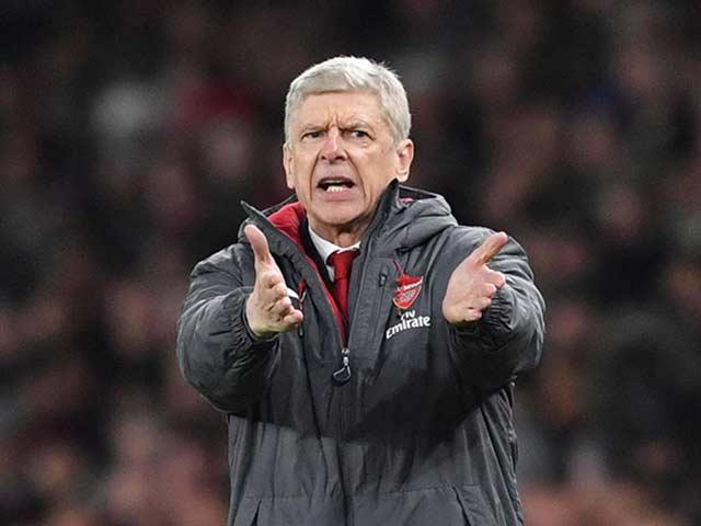 """Wenger bỏ thói hà tiện: Arsenal nổ vang, phục hưng lối đá """"điện xẹt"""" 4"""
