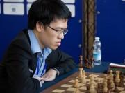 Thể thao - Vỡ òa cờ vua thế giới: Quang Liêm giăng bẫy hạ cao thủ, top đầu bảng xếp hạng