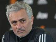 Bóng đá - Họp báo MU - Huddersfield: Mourinho đầu hàng Man City, đón tin vui từ Bailly