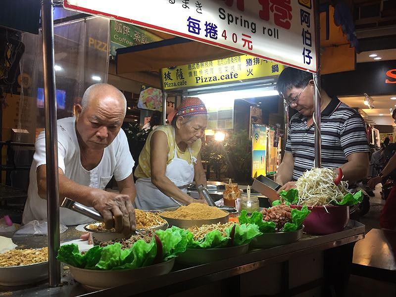 Độc đáo phiên chợ đêm xứ Đài - 2