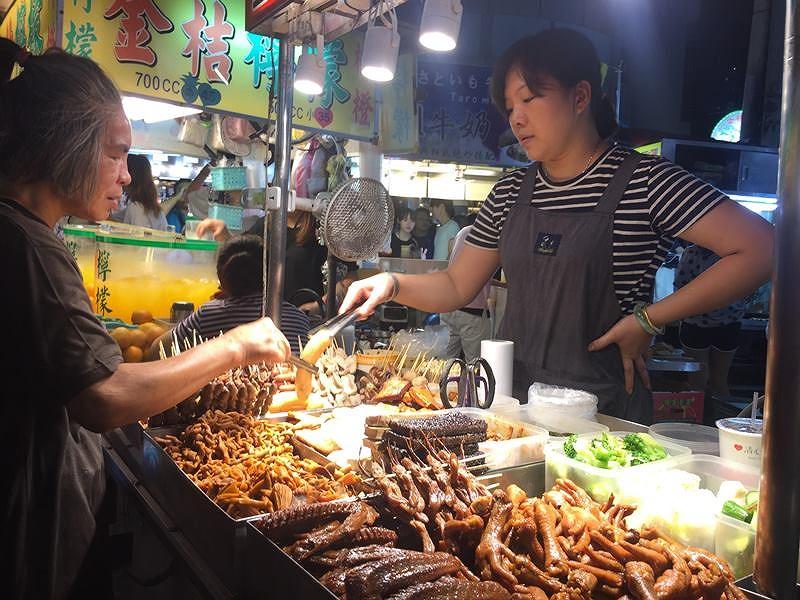 Độc đáo phiên chợ đêm xứ Đài - 3