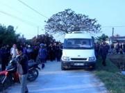 An ninh Xã hội - Vụ thanh niên nghi bị bắn khi đánh bạc: Hàng trăm người kéo đến trụ sở công an huyện