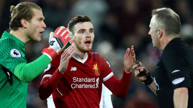 """""""Thảm họa"""" Liverpool - Tottenham: Trọng tài bị tố ăn mừng khi thổi 11m 4"""