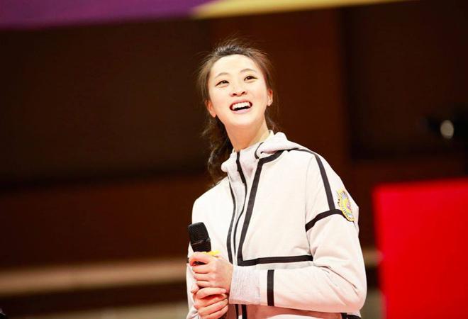 """""""Hoa hậu bóng chuyền"""" đẹp nhất Trung Quốc mất nghiệp khó tin 2"""