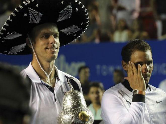"""Tennis 24/7: Quên """"Tiểu Federer"""", Sharapova yêu tình mới từng 1 đời vợ 4"""