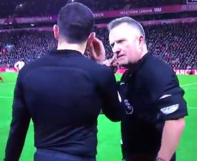 """""""Thảm họa"""" Liverpool - Tottenham: Trọng tài bị tố ăn mừng khi thổi 11m 1"""