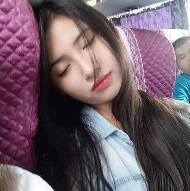Những nguy hiểm rình rập khi ngủ trong xe ô tô - 1