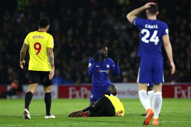 """Chelsea tồi tệ: Bị trò """"đâm lén"""", Conte sẽ bay ghế như Mourinho? 2"""