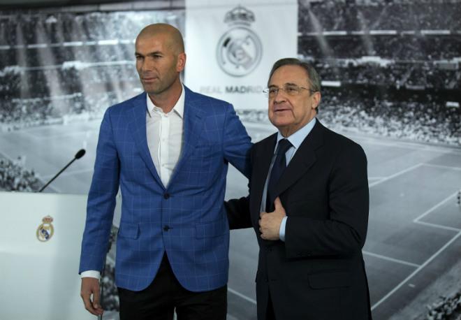 """Real sai lầm: Zidane - Perez không """"ném"""" tiền đừng mơ danh hiệu 2"""