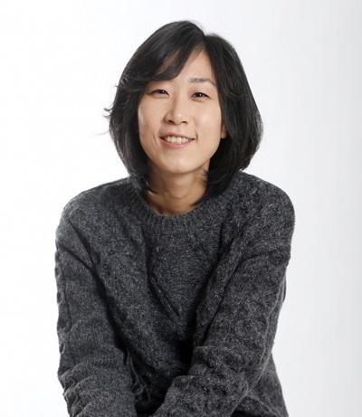 Nữ đạo diễn nổi tiếng Hàn Quốc bị buộc tội cưỡng bức đồng nghiệp