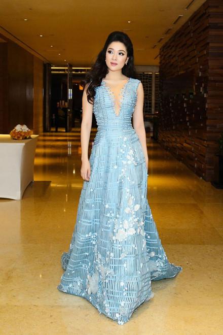 Hoa hậu Nguyễn Thị Huyền tái xuất khác lạ sau 13 năm đăng quang - 11