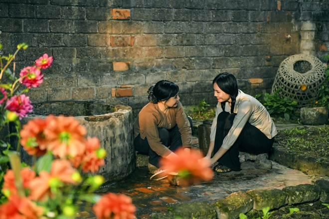 NSND Lan Hương rơi nước mắt vì ca khúc do Lương Nguyệt Anh sáng tác