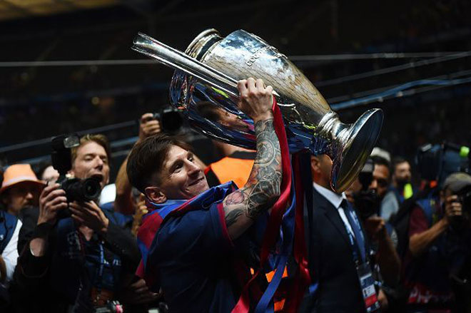 """Messi săn Quả bóng vàng: Vượt xa Ronaldo, xây """"ngọn núi kỳ vĩ"""" 2"""