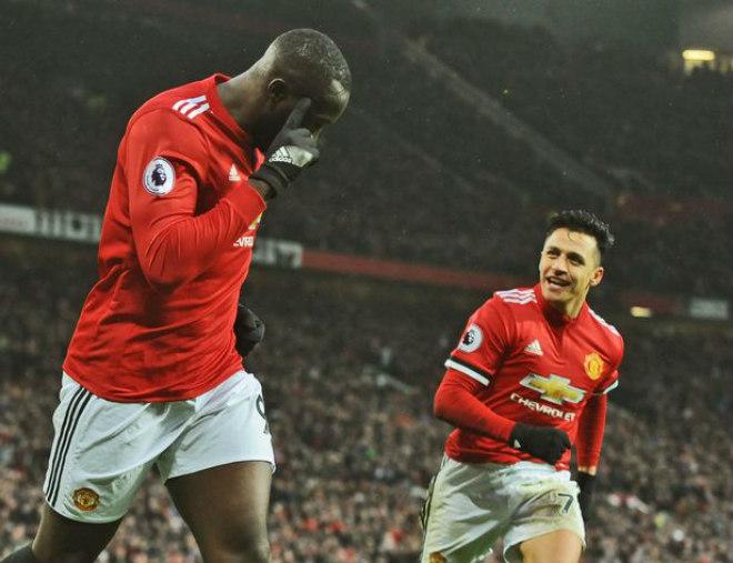 Rooney ví Sanchez là Tevez 2.0: Năng nổ, nhiệt huyết, nâng tầm Lukaku 2