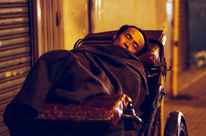 Ảnh: Người Sài Gòn co ro trong tiết trời se lạnh ngày cận Tết - 9