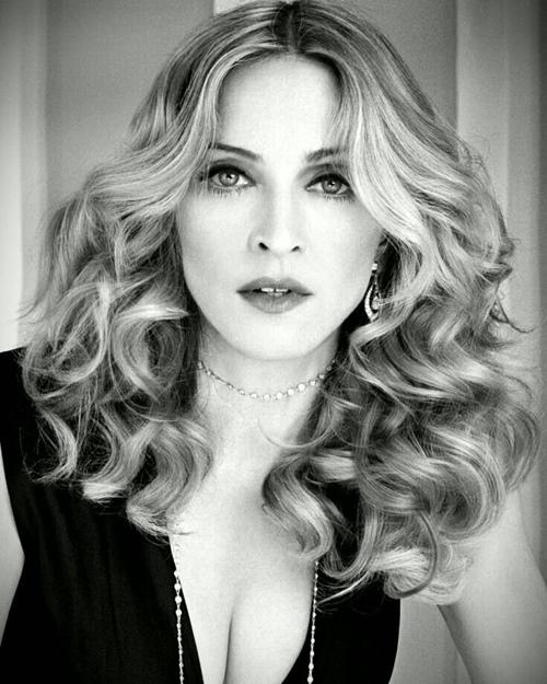 Dụng cụ làm đẹp kỳ quái của nữ hoàng nhạc Pop Madonna - 12