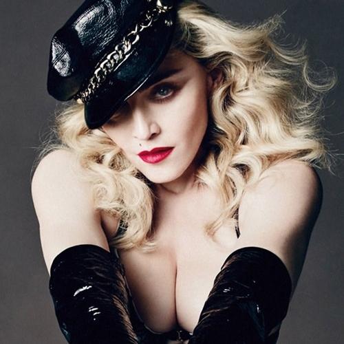 Dụng cụ làm đẹp kỳ quái của nữ hoàng nhạc Pop Madonna - 13