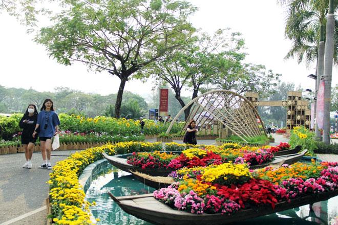 """Hồn quê xuất hiện tại """"khu nhà giàu"""" ở Sài Gòn ngày giáp Tết"""