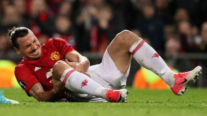"""MU: Mourinho yếu lòng & những """"bóng ma"""" vật vờ ở Nhà hát 1"""