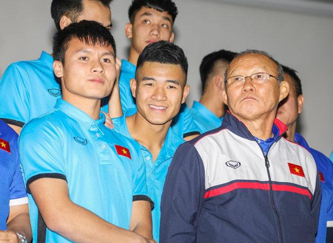 U-23 Việt Nam nhận hơn 42 tỉ, thầy Park có 2 căn hộ - 1