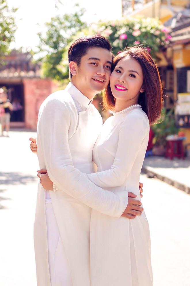 Vân Trang mua môtô 150 triệu đồng tặng chồng nhân kỷ niệm 2 năm cưới - 2