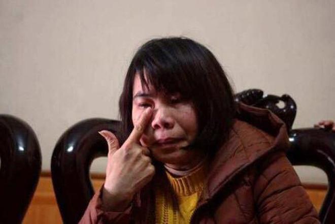Cô giáo bật khóc kể phút 3 mẹ con đuối nước được nam sinh cứu vớt - 2
