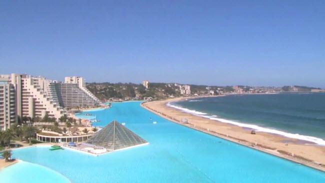Ngoạn mục bể bơi lớn nhất thế giới ở Chile - 6