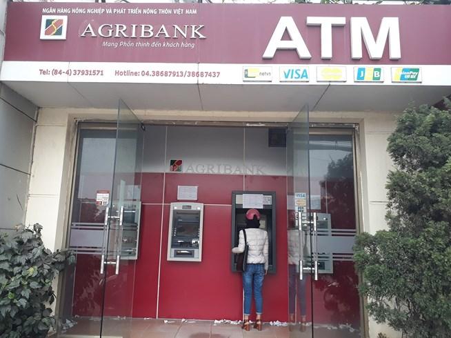 ATM quá tải, cãi lộn vì không rút được tiền tiêu Tết - 6