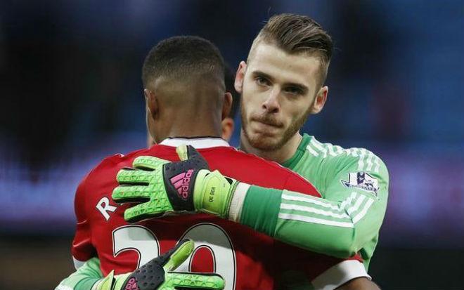 Chuyển nhượng MU: Mourinho xiêu lòng, bán De Gea 99 triệu bảng - 1