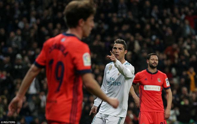 """Hoàng đế Ronaldo: Bùng nổ """"siêu hat-trick"""", La Liga quỳ rạp - 4"""