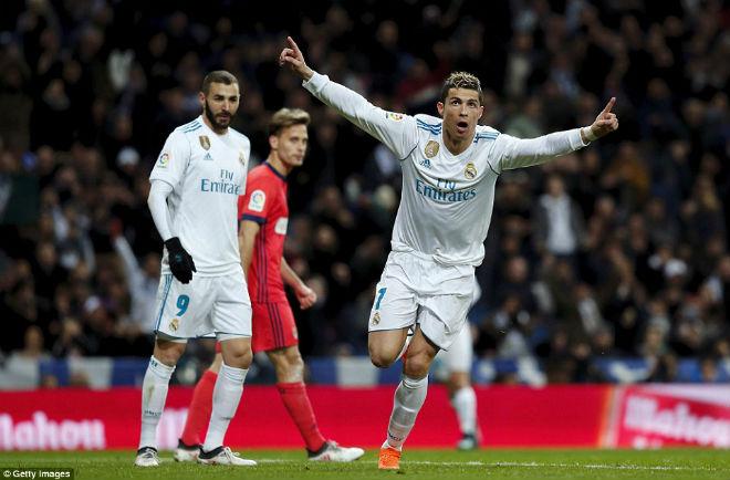 """Hoàng đế Ronaldo: Bùng nổ """"siêu hat-trick"""", La Liga quỳ rạp"""