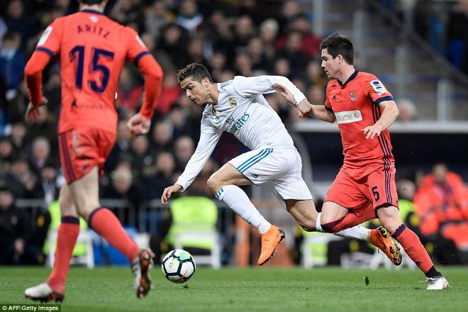 """Hoàng đế Ronaldo: Bùng nổ """"siêu hat-trick"""", La Liga quỳ rạp - 2"""