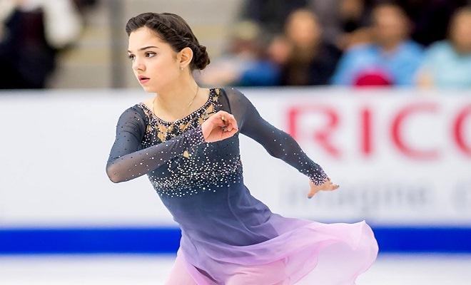 """Tiên nữ """"giáng trần"""" 18 tuổi, phá kỷ lục thế giới gây sốt Olympic mùa đông 1"""