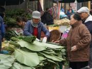 Thị trường - Tiêu dùng - Chợ lá dong giữa lòng Hà Nội nhộn nhịp ngày giáp Tết