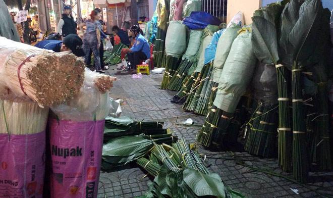 Chợ hoạt động cả ngày lẫn đêm, chỉ có vào dịp Tết ở Sài Gòn - 1
