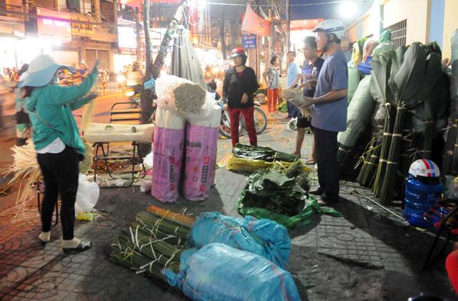 Chợ hoạt động cả ngày lẫn đêm, chỉ có vào dịp Tết ở Sài Gòn - 5